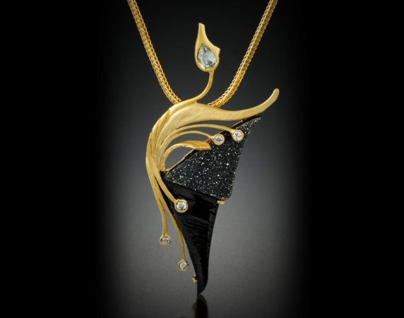 Pendant-18k-Aquamarine-and-Diamonds