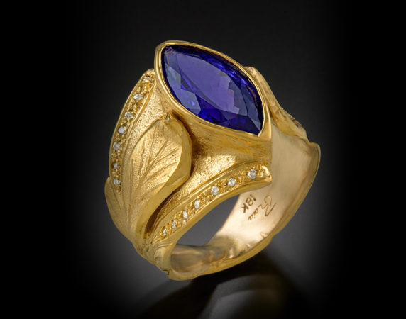 Ring-18k-Tanzanite-and-Diamonds